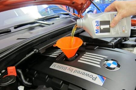 замена масла в двигателе авто
