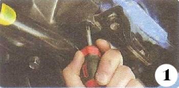 Как снять генератор с Chevrolet Spark М-200 операция 1
