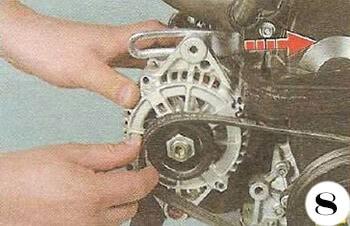Как снять генератор с Chevrolet Spark М-200 операция 8
